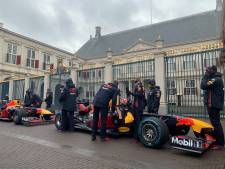 Max Verstappen mag met zijn Formule 1-bolide niet door de Haagse binnenstad scheuren
