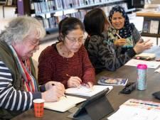 Wie helpt een ander Nederlands leren? Taalhuizen zoeken vrijwilligers