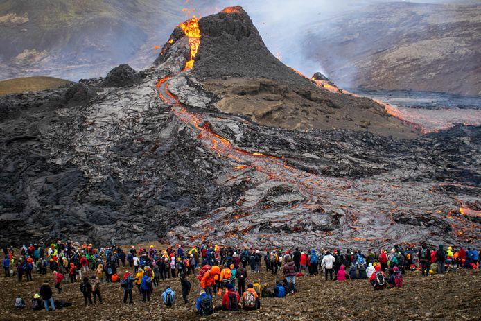 Al 87.000 mensen hebben de site bezocht sinds de uitbarsting.