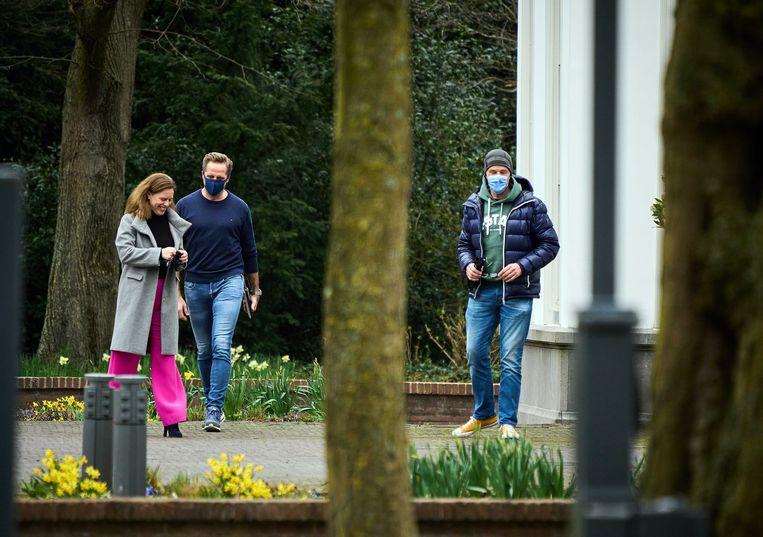 De vicepremiers Carola Schouten en Hugo de Jonge en premier Mark Rutte, zondag bij het Catshuis. Beeld ANP