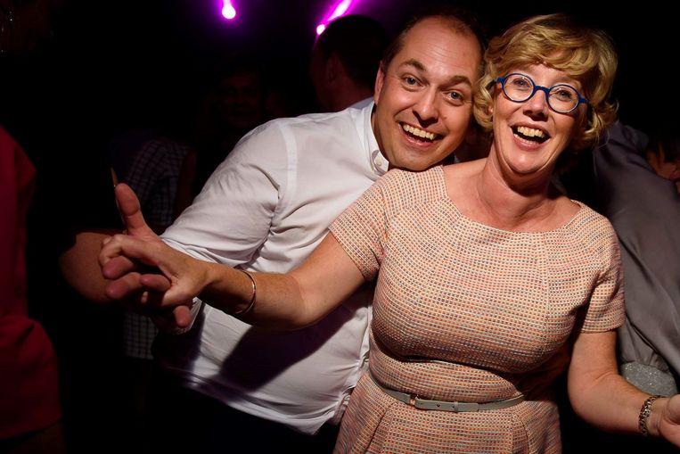 Burgemeester Veerle Heeren met haar partner Dimitri Flossy (45) Beeld RV