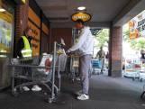 Voor het winkelen door de wasstraat in Beuningen