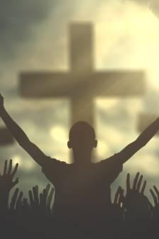 Complottheorieën krijgen voet aan de grond in evangelische kerk: 'Corona is plan uit de hel'