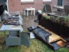 Gasfles van barbecue vliegt in brand in Tubbergen