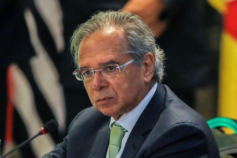 Paulo Guedes ligt onder vuur omdat hij als directeur van een investeringsfonds zou hebben gefraudeerd met beleggingen van staatspensioenfondsen. Beeld AFP