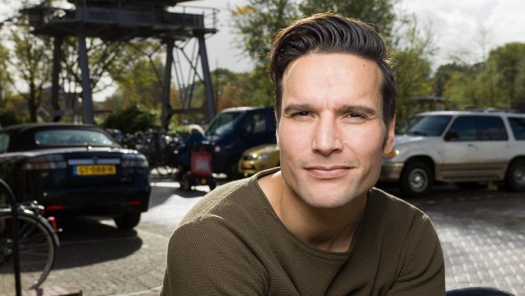 Tim Oliehoek: 'Op de Filmacademie was ik nog de rebelse filmmaker. Ik ben eigenlijk een beetje een brave jongen geworden.' Beeld Ivo van der Bent