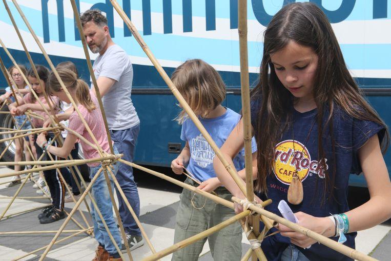 Leerlingen De Tinteltuin houden klimaatactie.
