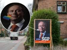 Regenbooghartjes op het gezicht van SGP-voorman Van der Staaij in Ermelo: 'Het is een gruwel voor God'