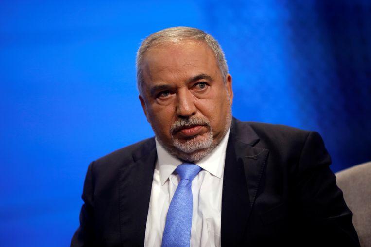 Avigdor Lieberman (61). De leider van de nationalistische partij Jisrael Beeténoe maakte eind mei een abrupt einde aan het verbond dat hij sinds de jaren negentig met Netanyahu had. Beeld REUTERS