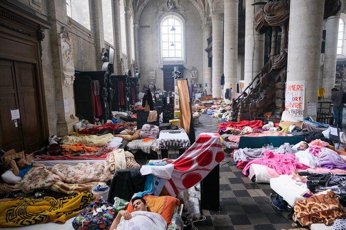 De hongerstakers in de Begijnhofkerk.