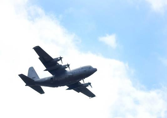 Een C-130 Hercules transportvliegtuig.