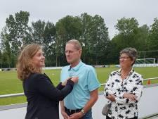 Ben van Eeden krijgt koninklijke onderscheiding voor zijn jarenlange inzet voor VV Wourdrichem