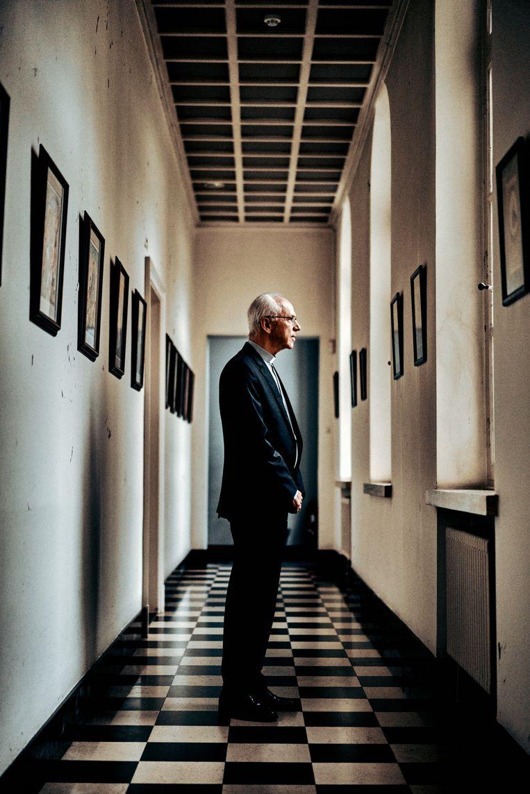 Kardinaal De Kesel: 'Mensen zeggen me dat ik altijd zo rustig overkom, maar vanbinnen voel ik me vaak... opgejaagd.' Beeld Thomas Sweertvaegher