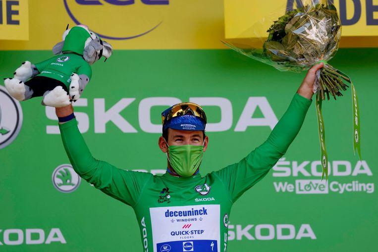Mark Cavendish van Deceuninck Quickstep wint de 13de etappe van de Tour de France en brengt  zijn totaal aan etappe-overwinningen op 34. Daarmee evenaart hij het record van Eddy Merckx.  Beeld AFP