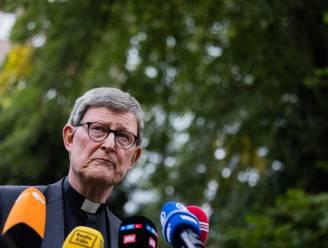 """Paus houdt omstreden aartsbisschop van Keulen in dienst, maar die neemt eerst """"spirituele pauze"""""""