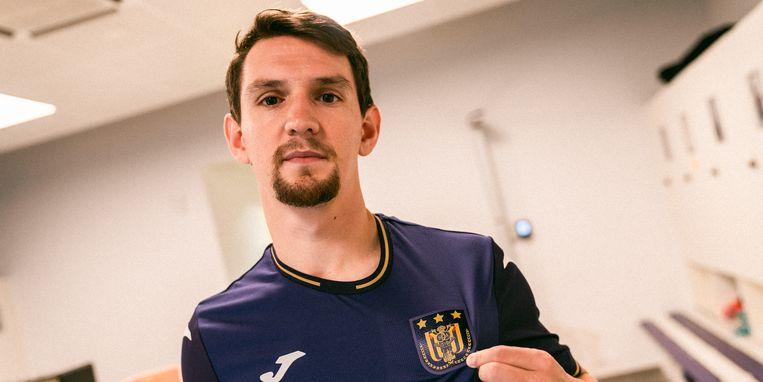 Benito Raman in Anderlecht-shirt. Beeld RSCA