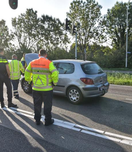 Twee botsingen binnen kort tijdsbestek op Backer en Ruebweg in Breda