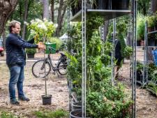 Uitverkoop bij Bloem en Tuin in Nuenen: met een volle kruiwagen het terrein af