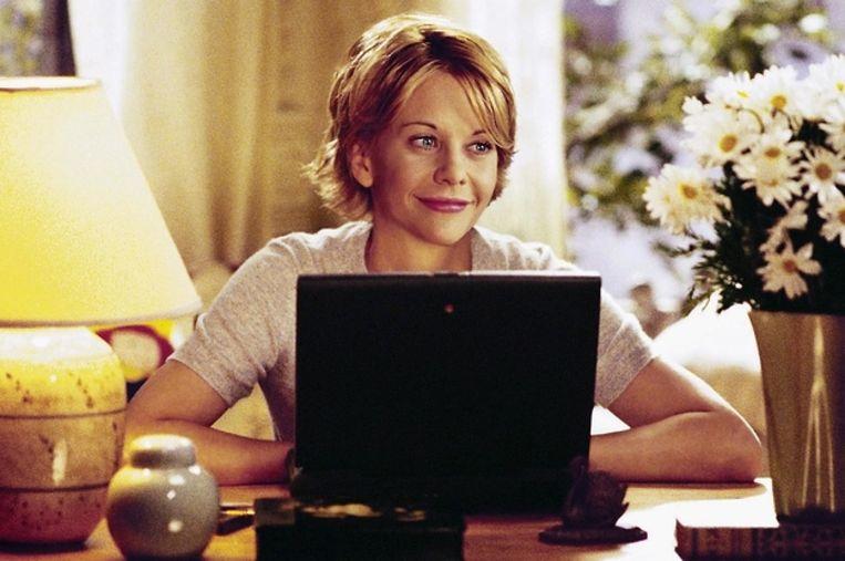 Meg Stuart als Kathleen Kelly in 'You've Got Mail'. Tegenwoordig bekijken we e-mail niet meer zo romantisch als deze film uit 1998. Beeld RV