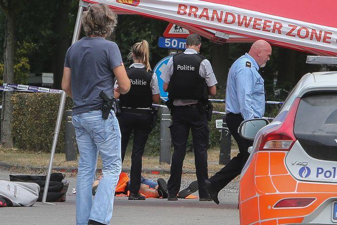Tijdens de overval op juwelier Moens in Oostakker werd één overvaller doodgeschoten.