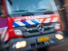 Auto in vlammen op in Obdam, politie onderzoekt brandstichting