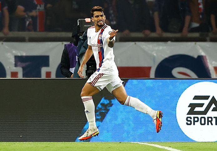 Lucas Paquetá viert zijn openingsdoelpunt.