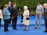"""Queen Elizabeth laat zich van haar grappigste kant zien op G7-top: """"Moeten we doen alsof we dit leuk vinden?"""""""
