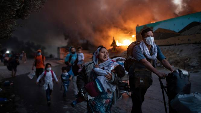 Kind sterft na brand in Grieks vluchtelingenkamp