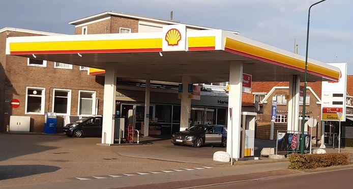 De Shell aan de Burgemeester van Erpstraat in Berghem, waar de overval plaatsvond.