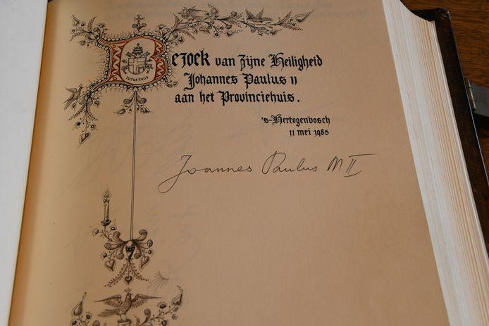 Hét bewijs dat paus Joannes Paulus MII in mei 1985 het provinciehuis heeft bezocht