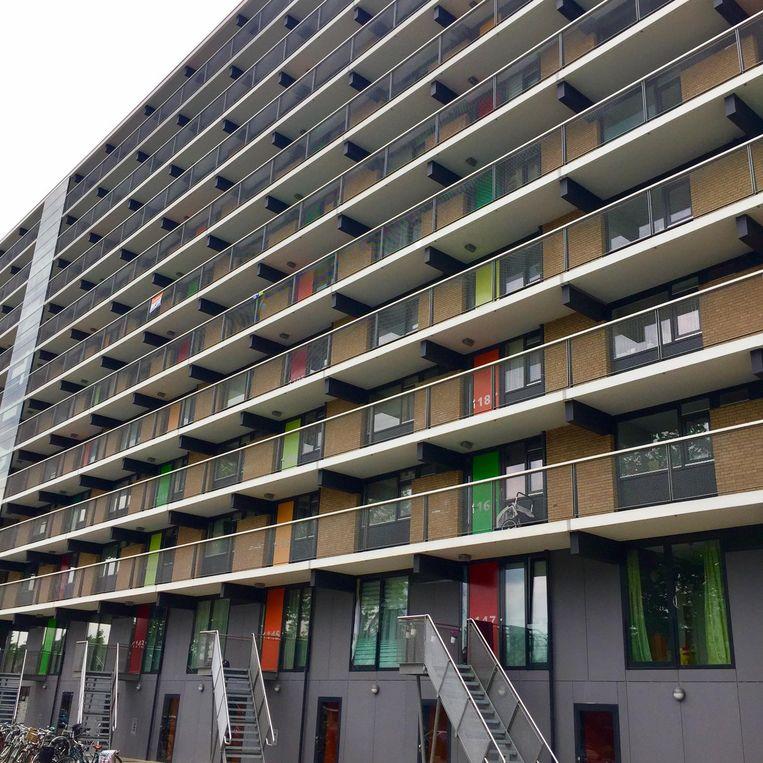 De flat waar het tumult is losgebarsten Beeld