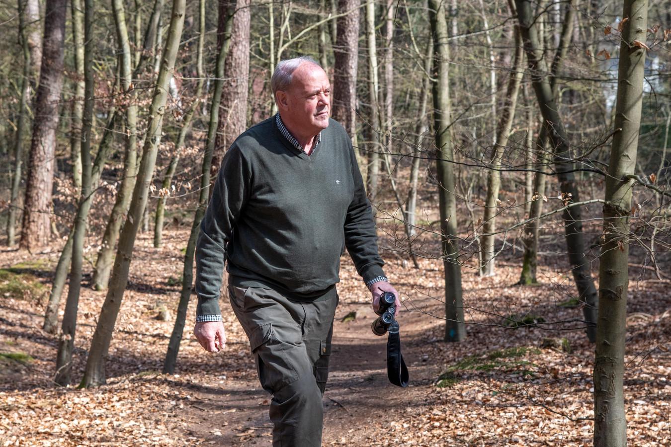 Henk Borsboom is in de omgeving van Nunspeet verantwoordelijk voor de controle van het afschot van grote hoefdieren.