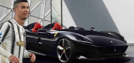 Cristiano Ronaldo visite la célèbre usine de Ferrari et rentre chez lui avec une voiture à 1,6 million d'euros