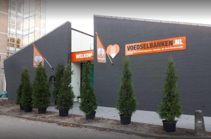 SP Boxtel doneert geld aan de voedselbank