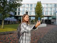 Geen massale open dag op de universiteit, maar een privétour dankzij virtual reality