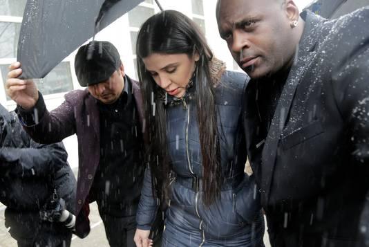El Chapo's vrouw Emma Coronel Aispuro was ook vandaag aanwezig bij het proces tegen haar man.