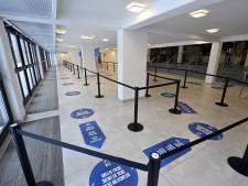 L'ouverture de plusieurs centres de vaccination bruxellois reportée
