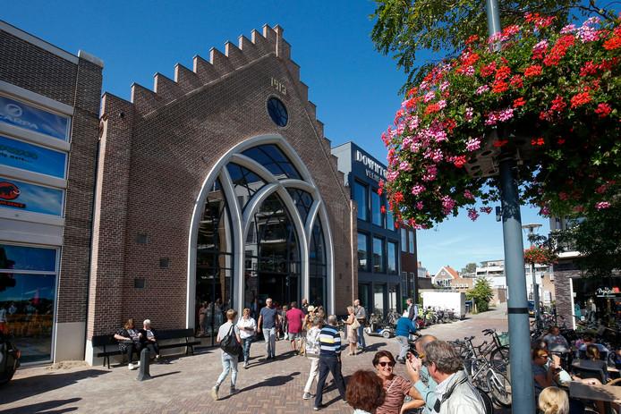 Nieuw ontmoetingscentrum DownTown in voormalige Pniëlkerk in Veenendaal.