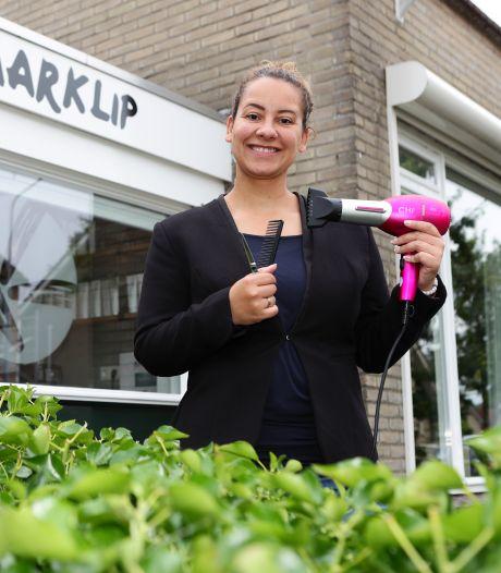 Stèfanie (37) begon een kapperszaak in haar garage: 'Prachtig om mensen nog mooier te maken dan ze zijn'