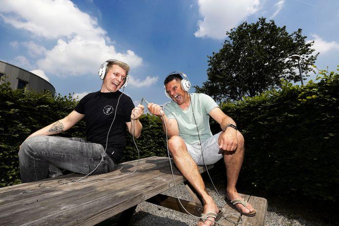 De Beek en Donkse deejays Zany en Spitnoise doen het erg goed in respectievelijk de hardstyle- en de uptempowereld.
