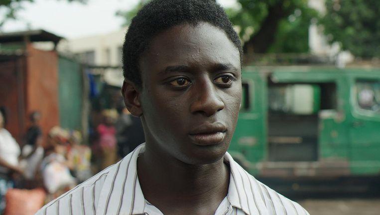 In Wùlu raakt een jonge Malinees in de drugshandel verzeild, en is daarmee geen tegengif tegen stereotypen Beeld