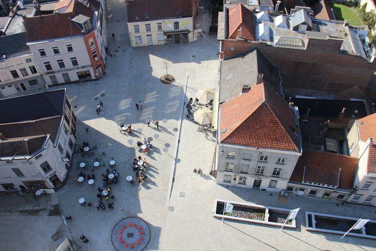 De heraangelegde Kleine Markt van Ronse.