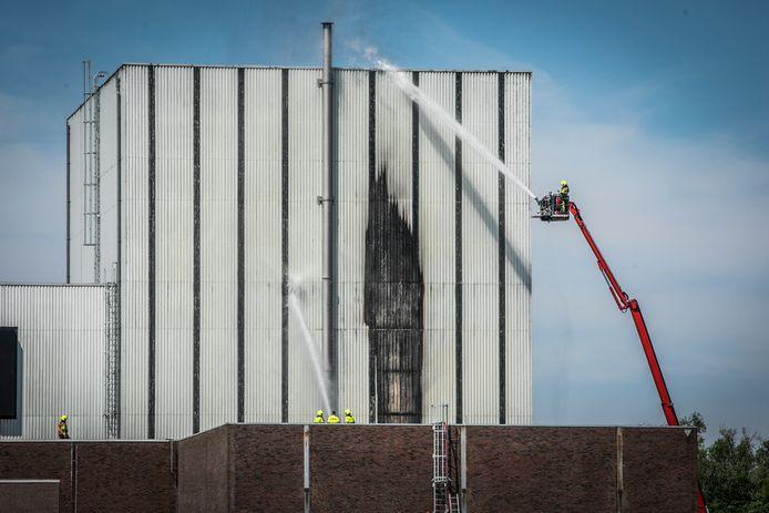 De brand in de oude kerncentrale.
