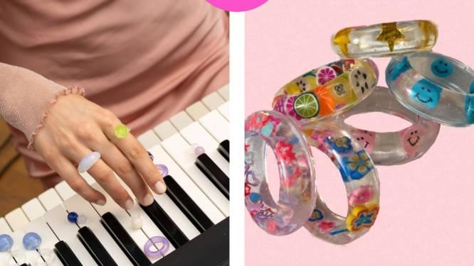 Pure nostalgie: deze kitscherige plastic ringen zijn weer hip