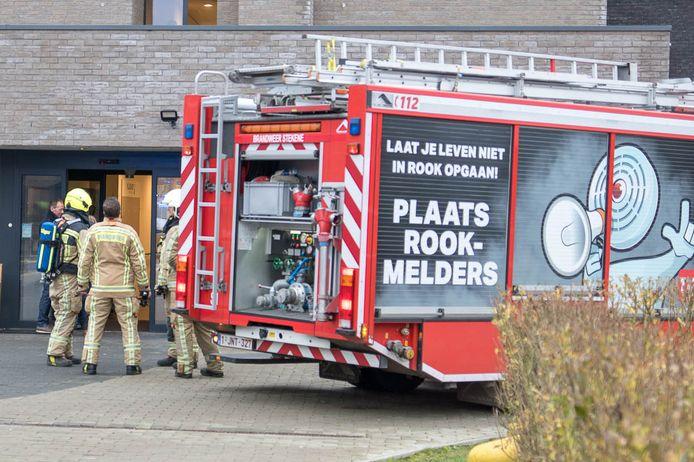 De brandweer rijdt al een tijdje rond met wagens die voorbijgangers attent moeten maken op het belang van rookmelders.