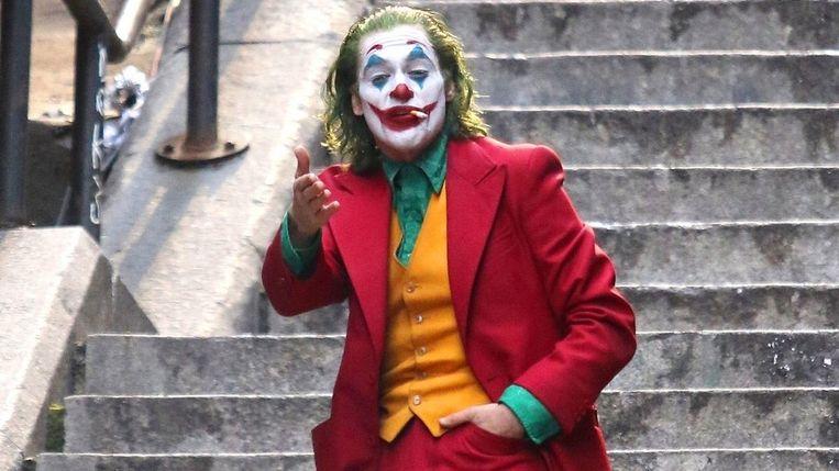 Joaquin Phoenix als de Joker in de gelijknamige film Joker.  Beeld