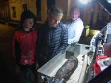 Granaat uit haven Elburg gevist: magneetvisser Sander schrikt zich wezenloos