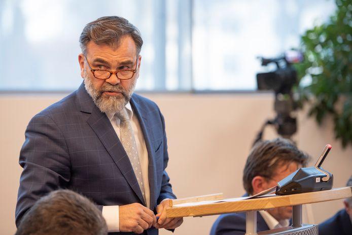 PVV-fractieleider Erik Veltmeijer heeft een motie van wantrouwen ingediend tegen het provinciebestuur vanwege de afwikkeling van het kanaaldrama in Noordoost-Twente.