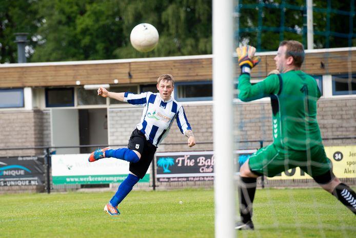 Jaimy van Wijhe is één van de spelers die komend seizoen weer het shirt van Alexandria aantrekt.