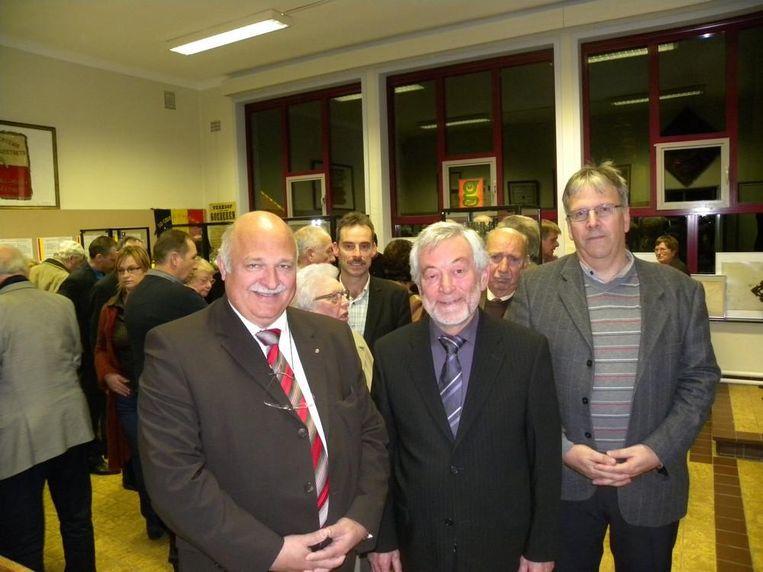 Voorzitter Guido Vangansewinkel, penningmeester Louis Ruytinx en secretaris Guy Leus.